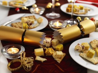 Food in the news - Cheese christmas crackers