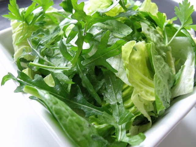 Crispy green salad