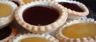 Jam and lemon tarts