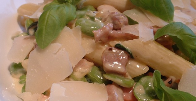 Penne with pancetta and baby broad beans