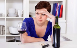 Red wine drinkers earn most